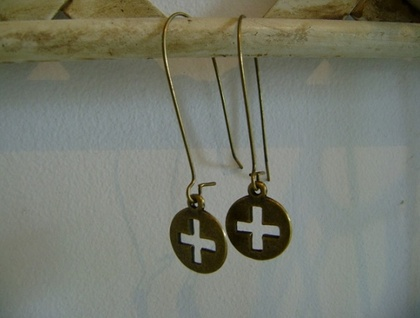 round cross earrings