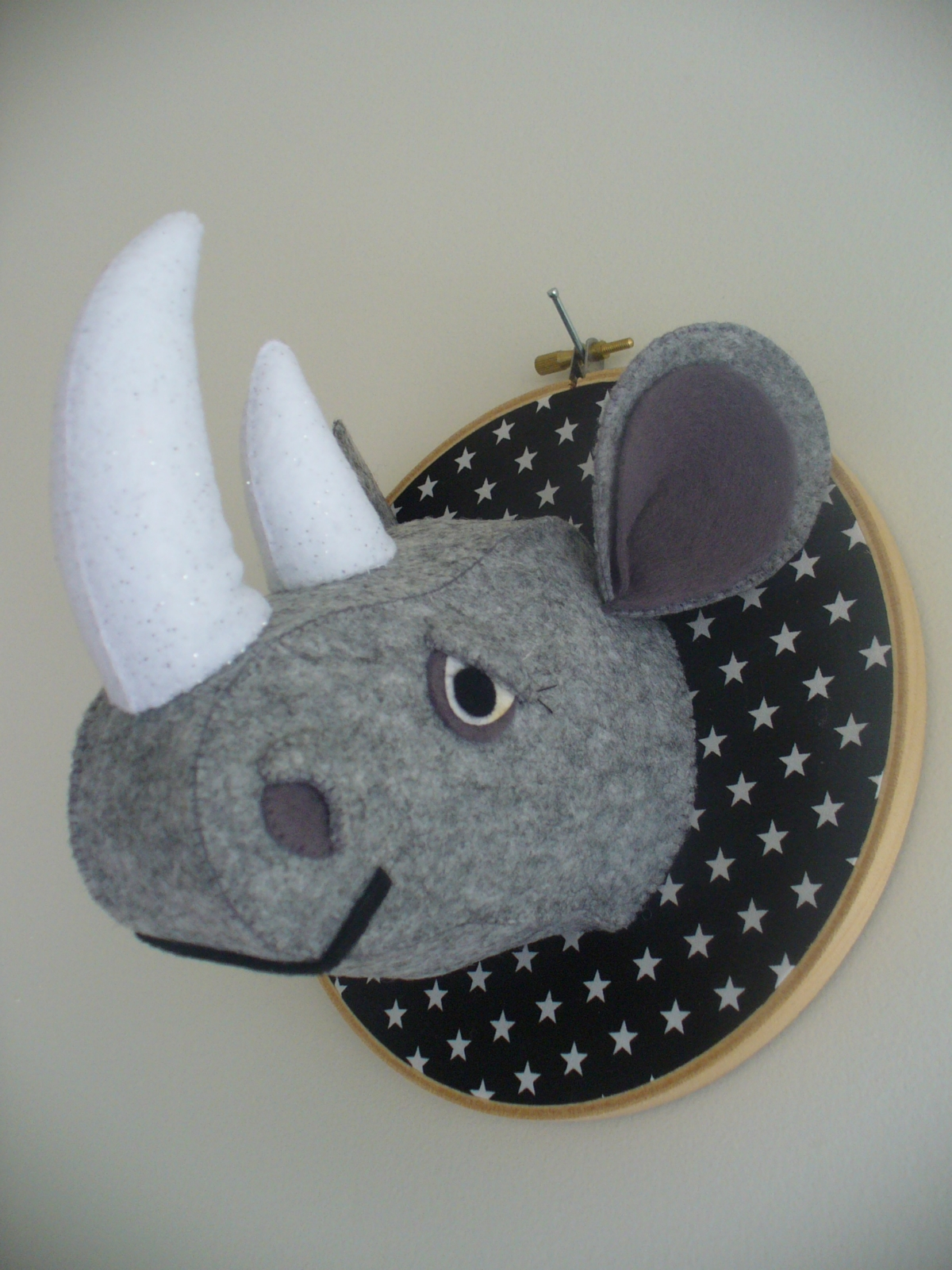 felt stuffed animal head faux taxidermy felt. Black Bedroom Furniture Sets. Home Design Ideas