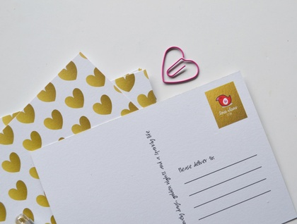 Gold heart Postcards - great for gifts, postcard fans and gold lovers!