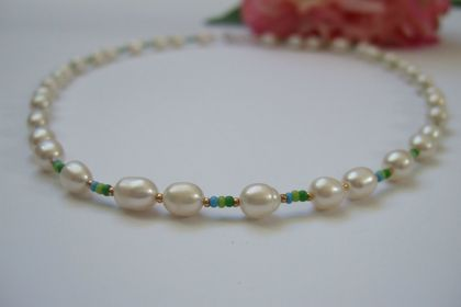 Summer Pearl Necklace