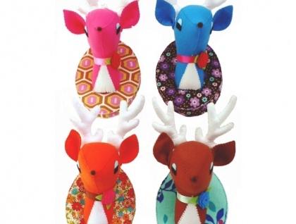 mounted felt deerhead