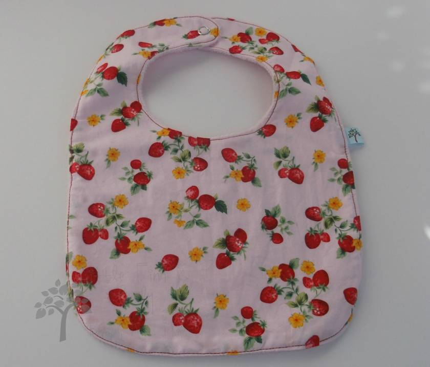 Feeding Bibs.  Gorgeous prints for boys and girls.