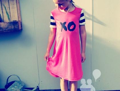 XO t-shirt dress