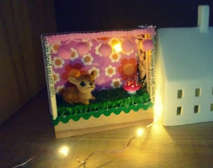 CURIOSITY LIGHT BOX... WITH BABY DEER AND WOODLAND ...