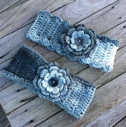 **Headband With Flower**