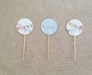 Hurray for Bunting // 12 cupcake toppers