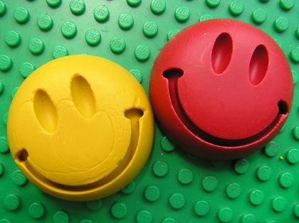 Smiley Crayons (6 per packet)