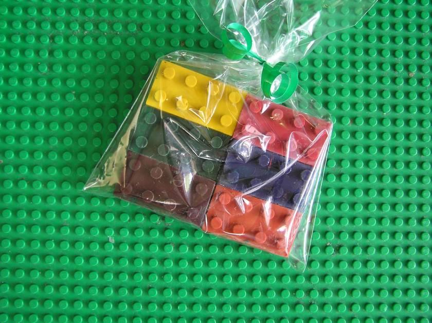 Block Crayons (6 per packet) x 4 Packets