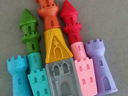 Crayon Castle (9 pieces)