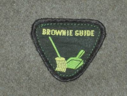 Brownie Badge Wallet (mocha/dustpan)