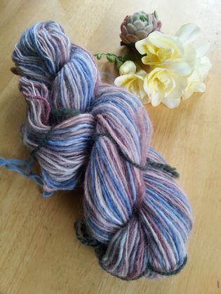 Worsted yarn - Berry Smoothie