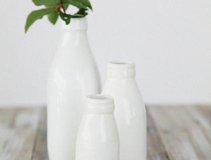 Set Of 3 Milk Bottle Vases Gloss White Felt