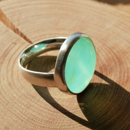 Chrysoprase and Sterling handmade ring