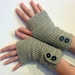 OATS Crochet Armwarmers With Fancy Buttons