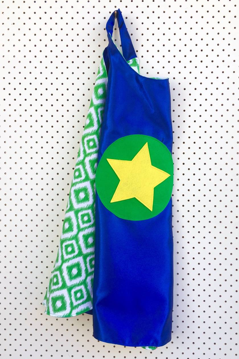 Kids Superhero Cape - Blue with Green design
