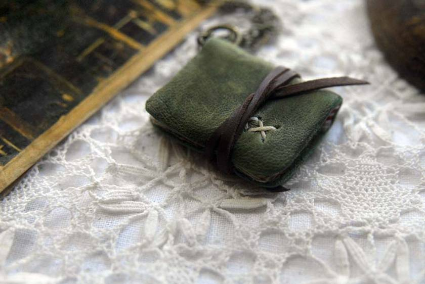 Tiny Green Hobo - Miniature Wearable Book