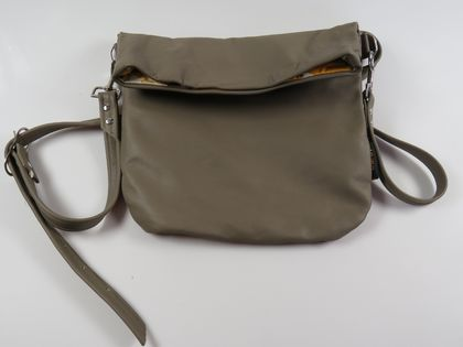 Ms Mushroom Folded Leather Handbag