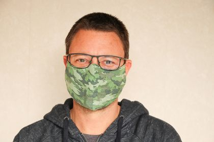 The Glasses Wearers' Face Mask - Camo