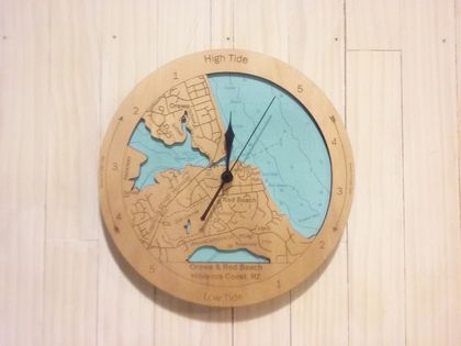 Wooden Tide Clock - Orewa & Red Beach detail
