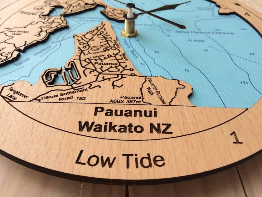 Pauanui / Tairua Harbour design Tide Clock