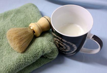 Polly's shaving soap in mug