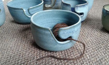 Wool bowl, for knitting