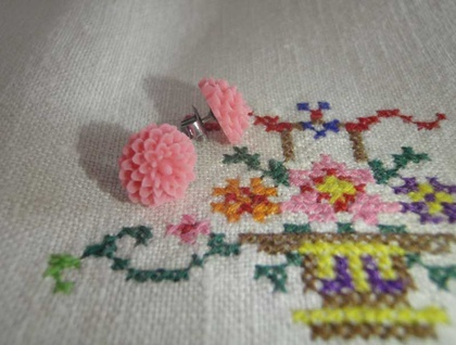 Pretty flower earrings -Soft Pink