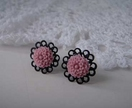 Black filigree earrings - lilac mini flower
