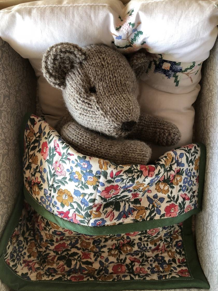 Bear in a Box PDF Knitting Pattern