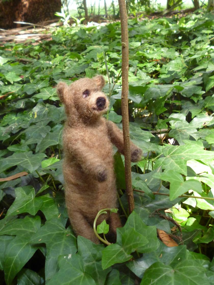 Wool brown  bear - Needle felted New Zealand wool - Nursey decor  - teddy bear