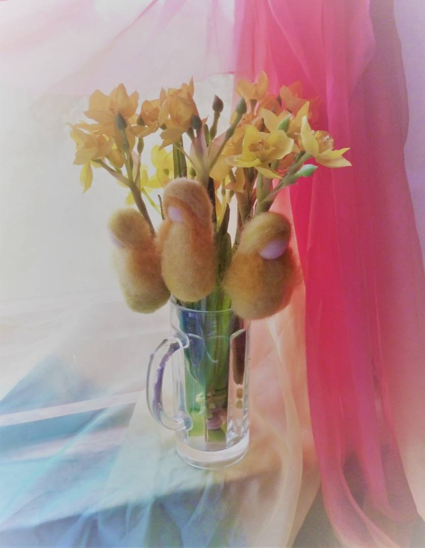 Daffodil child - NZ wool - rebirth - Easter gift