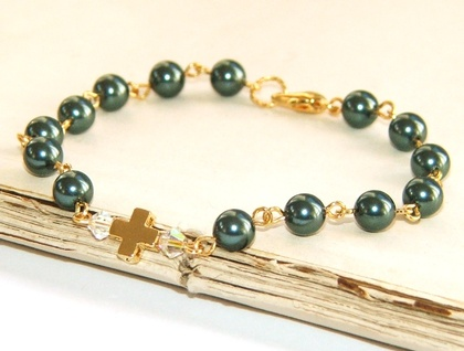 Faith Bracelet in Blue Pearls, Gold Cross