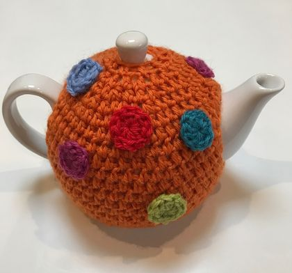 Gorgeous Orange with SpotsTea Cosy with FREE Teapot!!