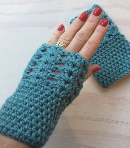 Fabulous Turquoise Pure Wool Wristwarmers/Fingerless Gloves