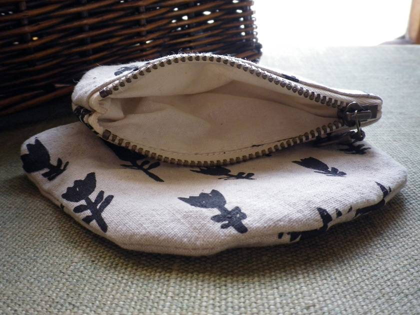 Hand printed linen and cotton coin purse - Tulip