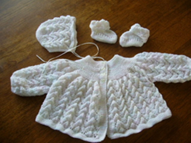 Babies Matinee Jacket, Bonnet and Booties Felt