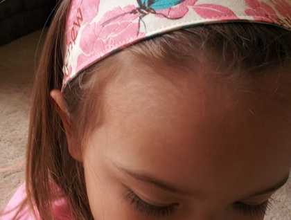 "Reversible Fabric Headband ""Pink flower with butterfly"""