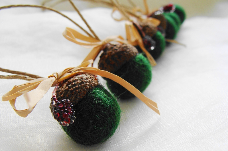 acorn ornaments felt acorns green acorns christmas tree