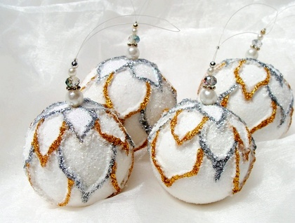 White Christmas Ornaments, Christmas Baubles, Christmas Decoration, Tree decoration, Tree ornament, Set of 2, white decoration, white Christmas