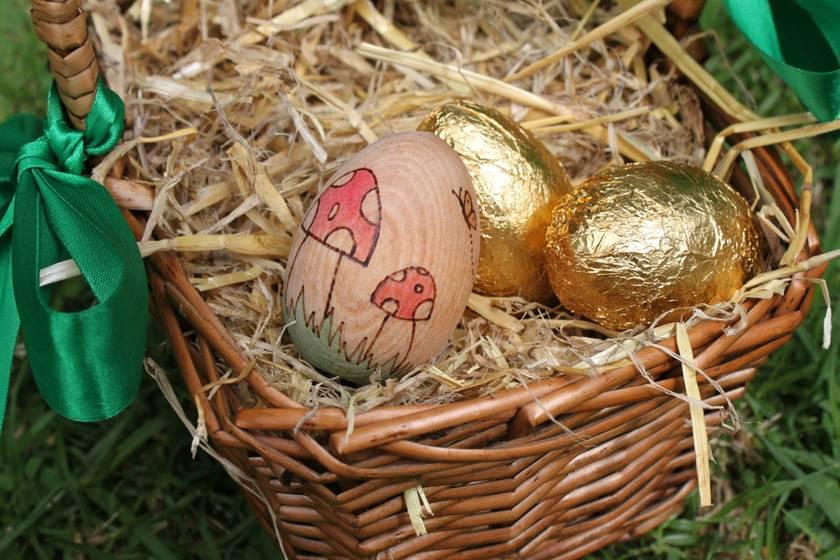 Wooden Easter Egg - Mushrooms