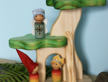 Tree House Play Set with Gnomes