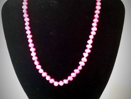 Beautiful Water Pearls Necklace in metalic pink