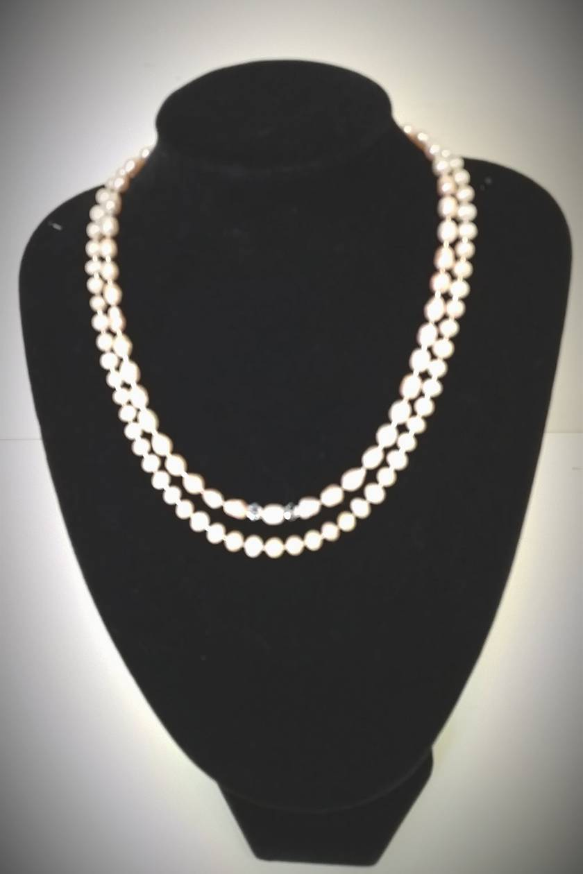 Gorgeous  Water Pearls & Crystals Necklace + matching  earrings  of water pearls - SALE