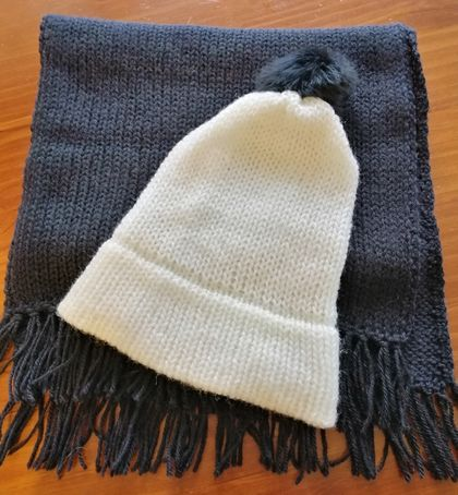 Nice Hat and Scarf - 100%  Pure NZ wool