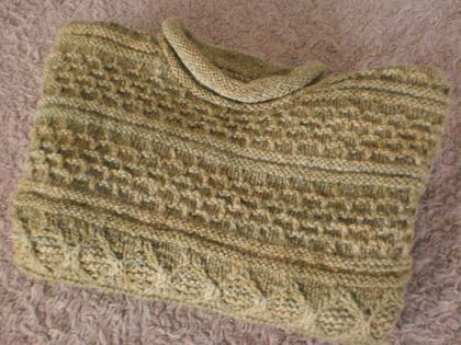 Child's Handknitted Guernsey Style Jersey - size 5-7 (see below for actual measurements)