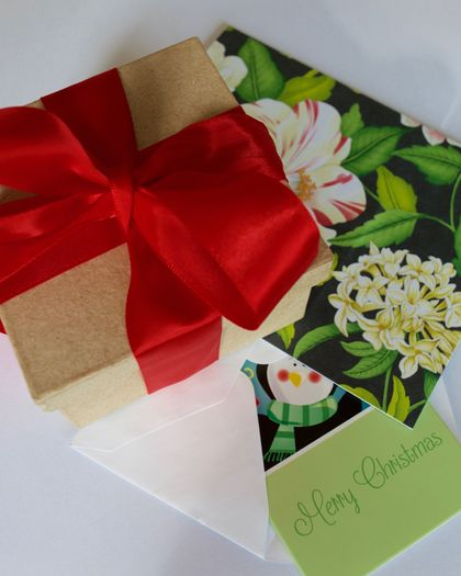 Send a Gift- Card/Message/Present Wrap