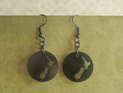 NZ earrings – black