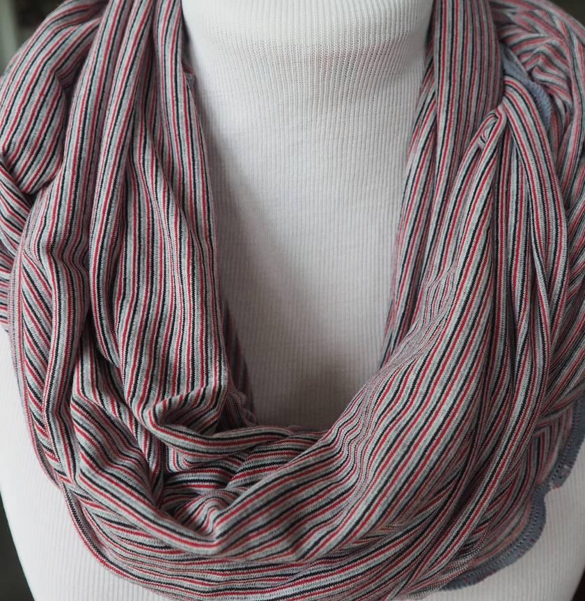 Merino/nylon infinity scarf