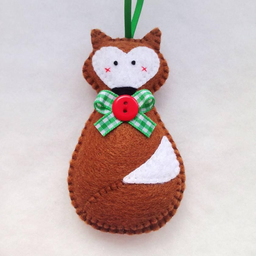 Foxy McFox - Woodland Christmas