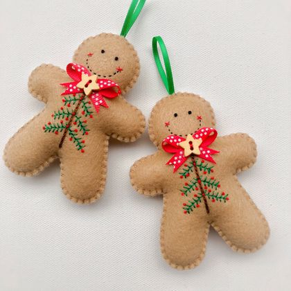 Felt Gingerbread Man Ornament - Christmas Tree